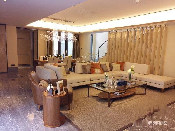 独栋别墅丨融创海棠湾精装纯地上3房,带泳池车位,享千亿配套